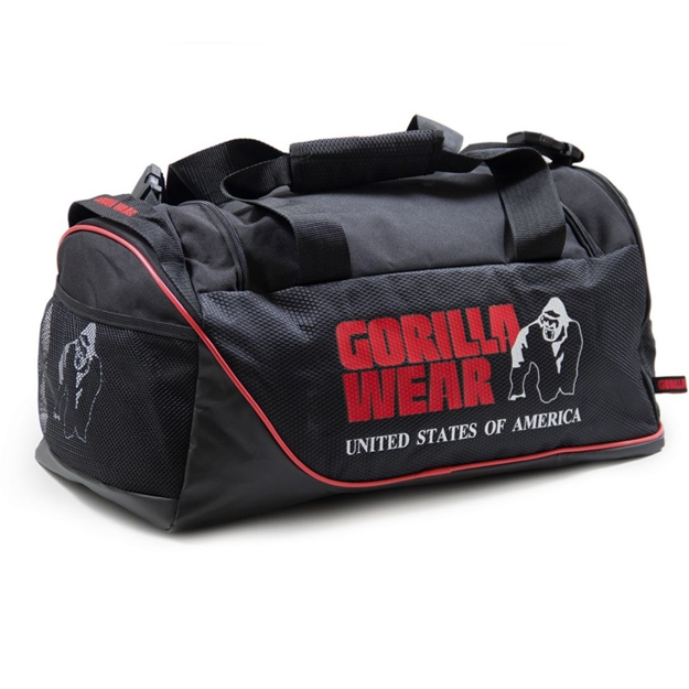 Sports bag with shoe packet